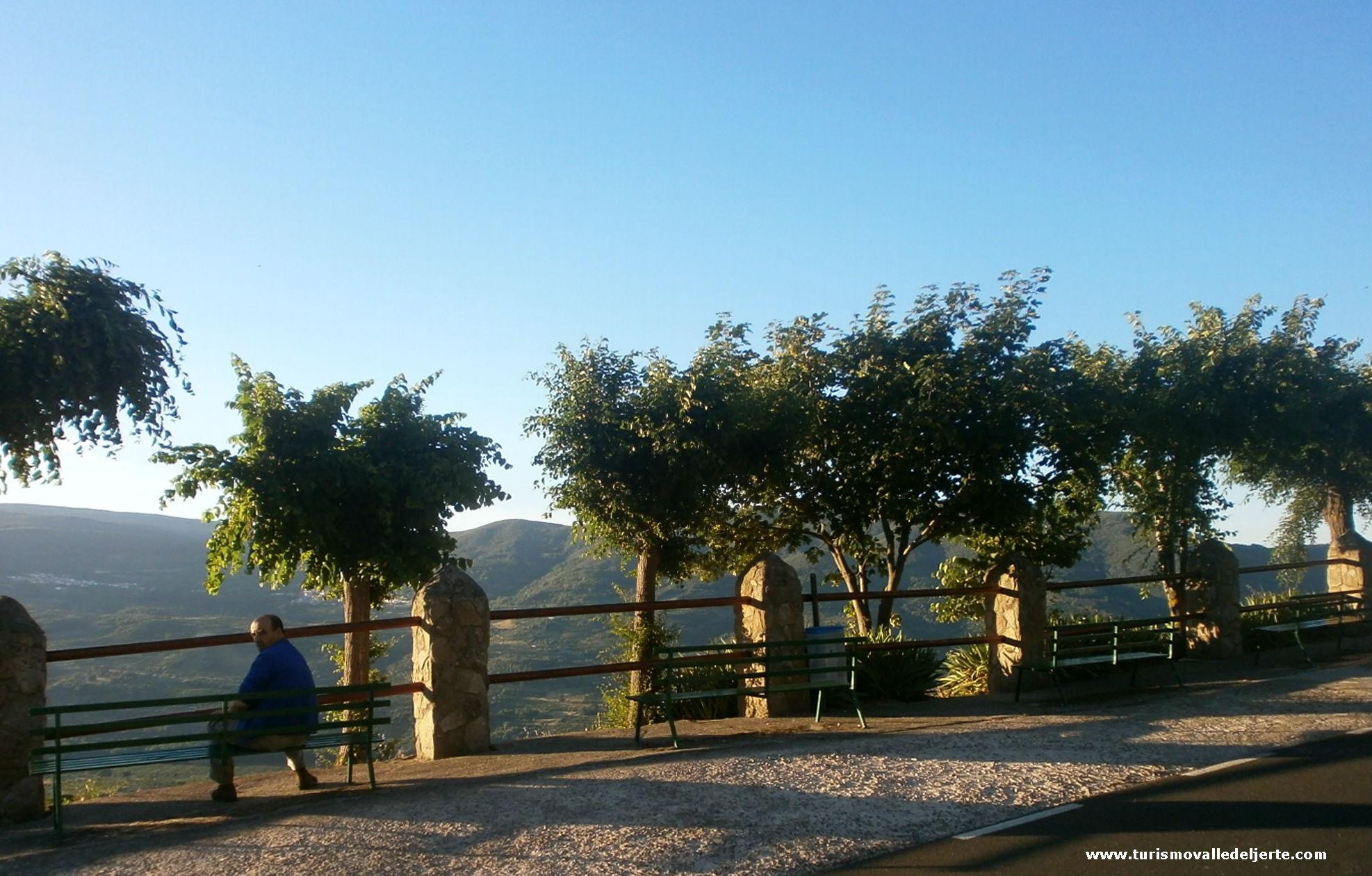 Mirador de la matarrulla valle del jerte for Oficina de turismo valle del jerte