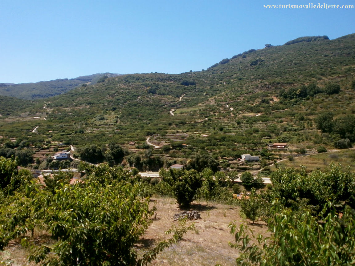 Mirador ermita de san felipe valle del jerte for Oficina de turismo valle del jerte