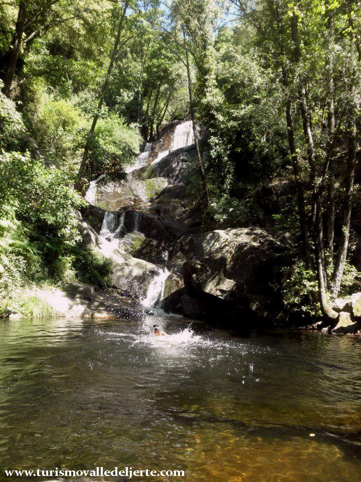 Charco del paraiso valle del jerte for Oficina de turismo valle del jerte