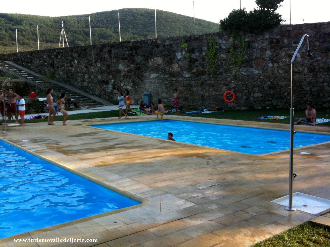 Piscina municipal de casas del casta ar for Piscina municipal el vendrell