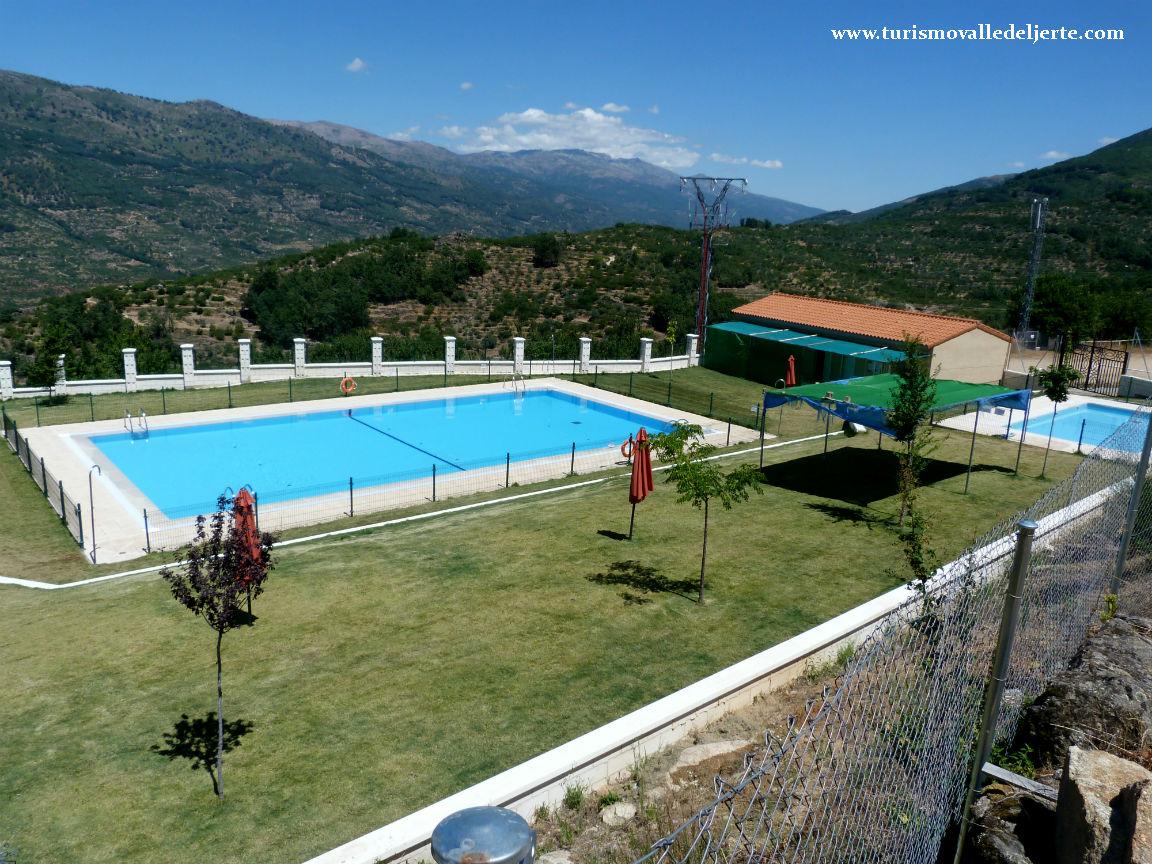 Piscina municipal de valdastillas for Oficina de turismo valle del jerte